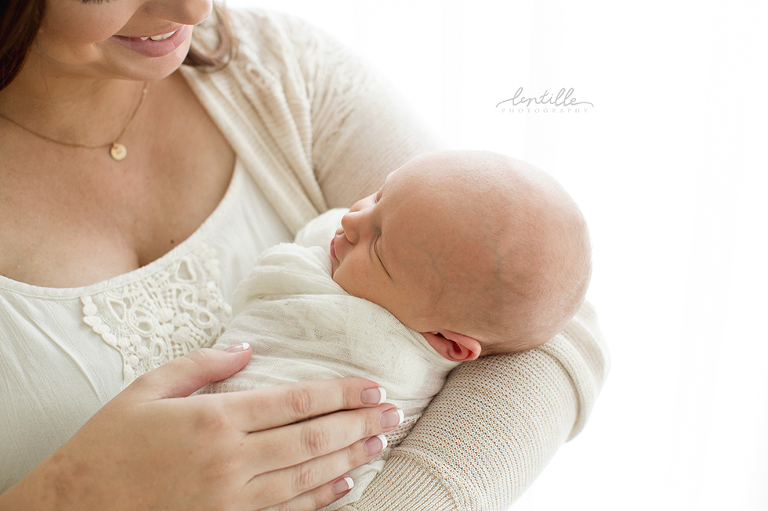 Houston Newborn Photographer   Lentille Photography   www.lentillephotography.com