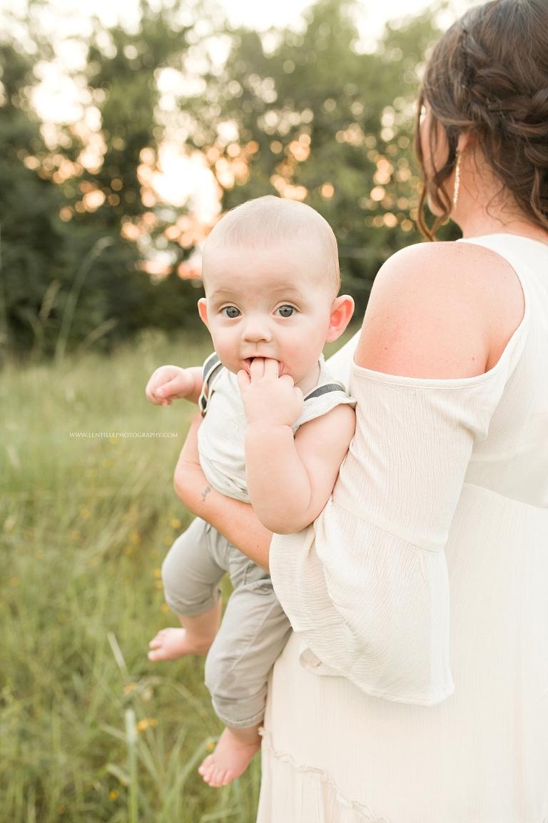 Houston Motherhood Photographer   Lentille Photography   www.lentillephotography.com