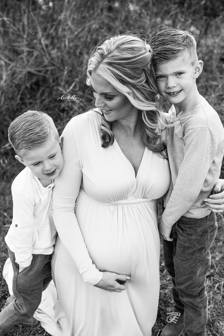 Houston Maternity Photographer | Lentille Photography | www.lentillephotography.com