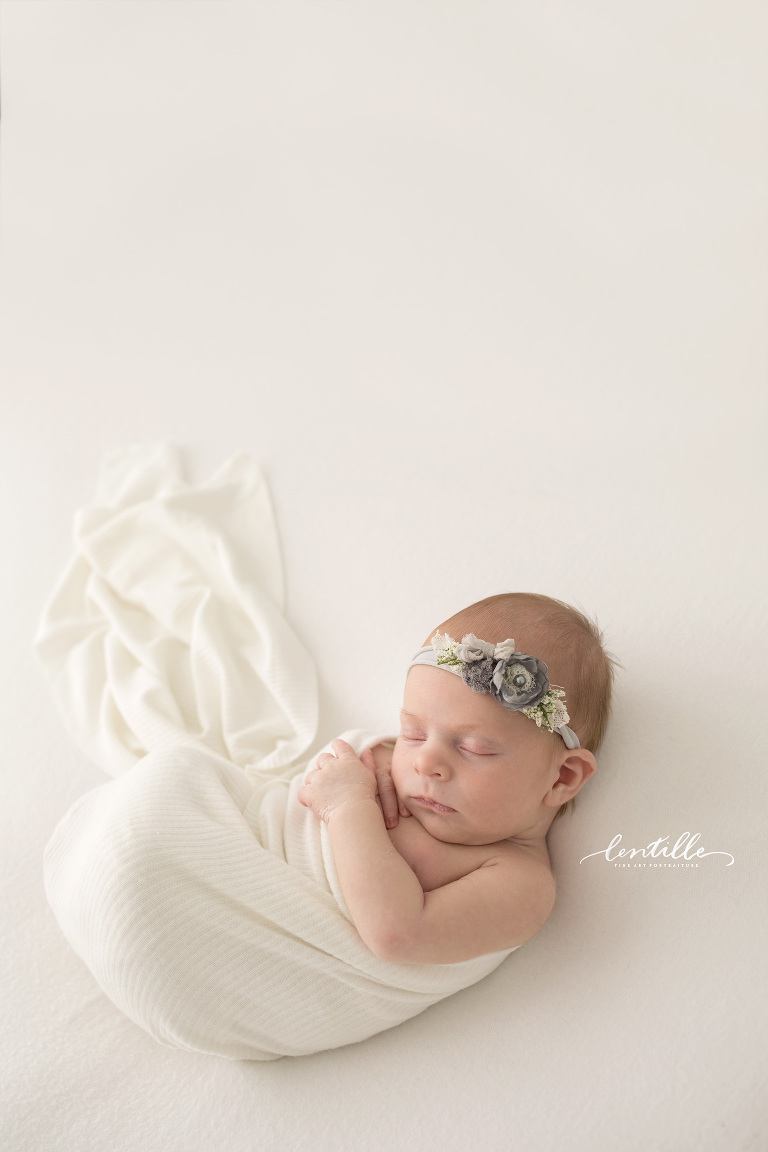 Newborn Baby Girl | Lentille Photography