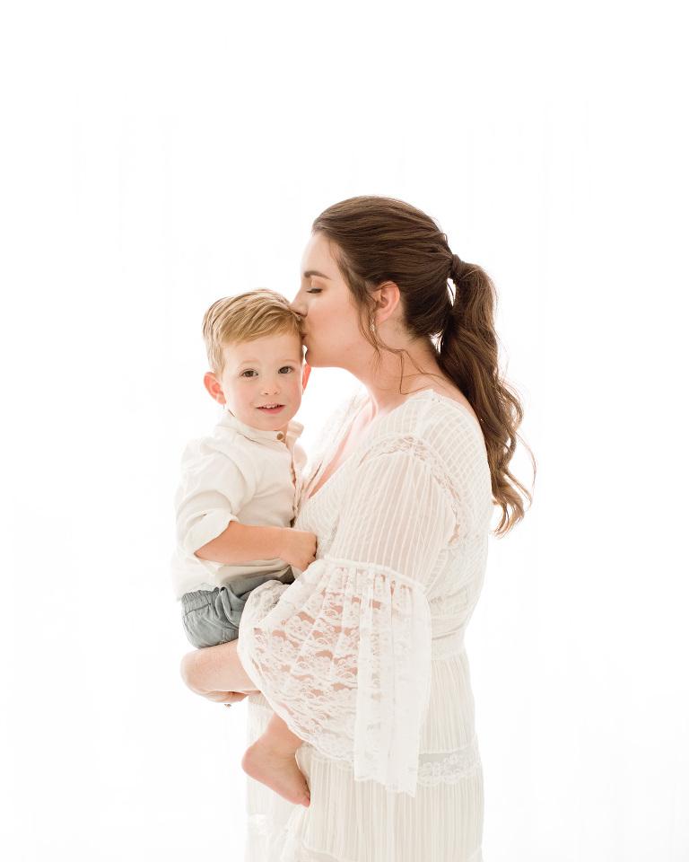 Lentille Photography Motherhood Event in Houston, TX